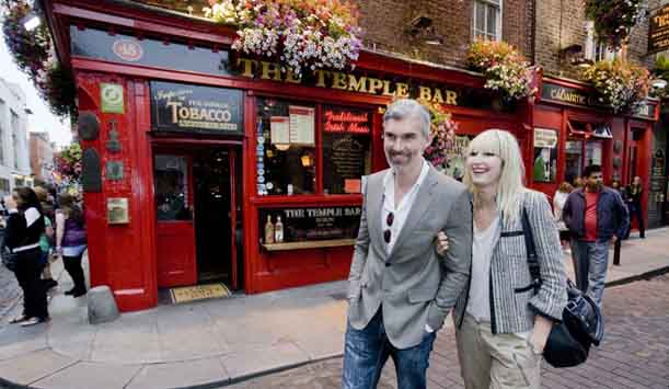 1 dublin_landing_page_header_image_temple_bar