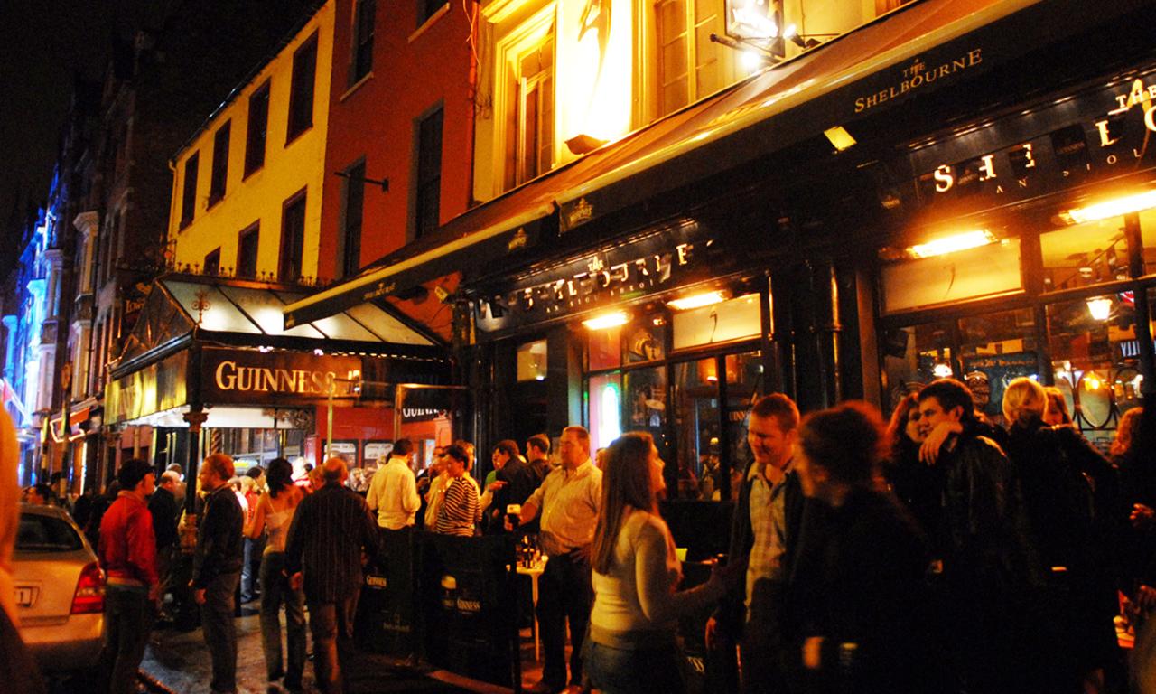 Cork Gece Hayatı