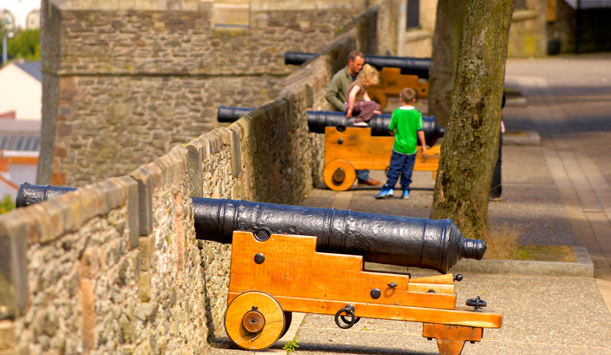 Cannon along the city walls of Derry-Londonderry