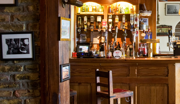 The Bulman Bar, County Cork zur Verfgung gestellt von &lt;a href=&quot;http://www.jamesfennell.com/&quot; >James Fennell&lt;/a>