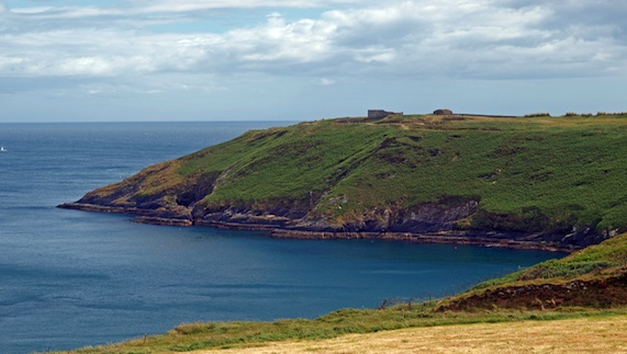 "Old Head of Kinsale, County Cork provided by <a href=""http://www.shutterstock.com/gallery-930307p1.html"" >Barnes Ian</a>"