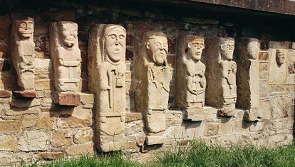White Island's stone figures
