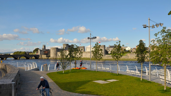 A sunny River Shannon boardwalk, Limerick City