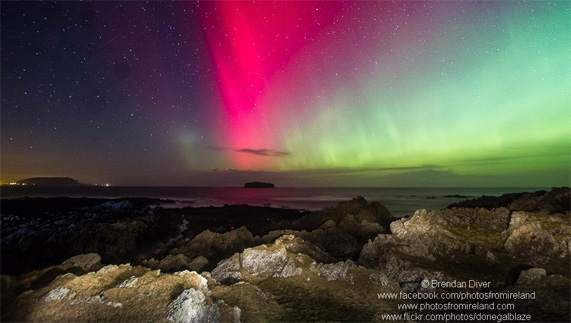 "The Aurora Borealis overlooking the Inishowen Peninsula provided by <a href=""http://www.photosfromireland.com/"" >Brendan Diver</a>"