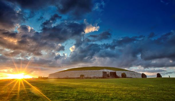 Bus Tours To New Grange