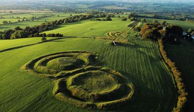 Camping und Kultur in Irlands historischem Osten