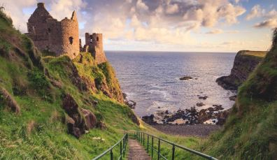 Explore romantic castles right on the cliff-edge