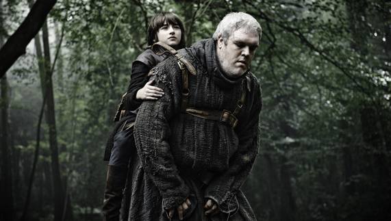 "Hodor carries a crippled Bran through the Godswood (Saintfield Demesne, County Down) fourni par <a href=""http://www.hbo.com/game-of-thrones"" >© HBO</a>"