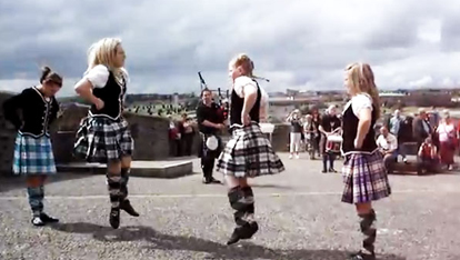Highland dancers, Londonderry-Derry city