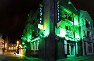 2 nights in private room in Barnacles Temple Bar Hostel with Dublin tour for 55 per person