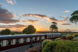 Pullman Package  2 BB 1 Dinner aboard two original Orient Express carriages