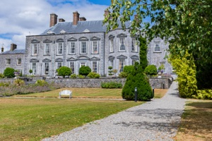 Midweek escape to Castle Durrow from 240 total stay