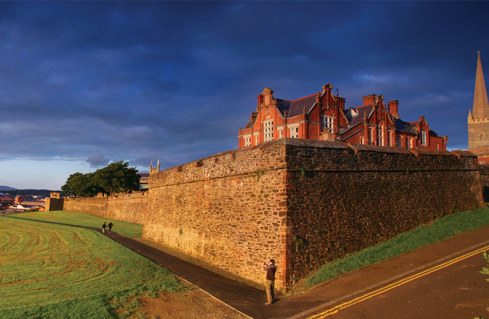 Derry~Londonderry Walls