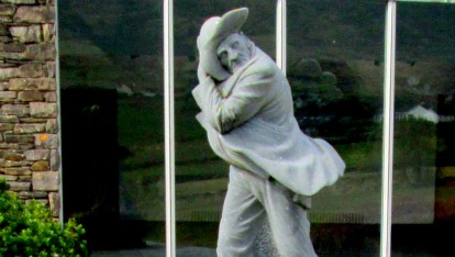 'The Islander' statue at the Blasket Centre, Dún Chaoin