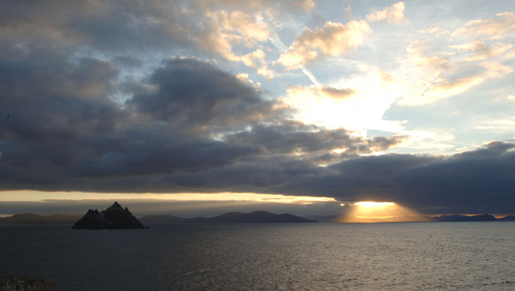 The dark side and the light side over Skellig Michael