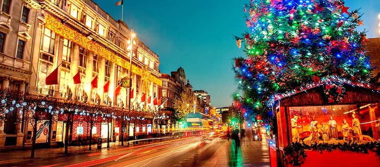 Christmas in Dublin's O'Connell Street