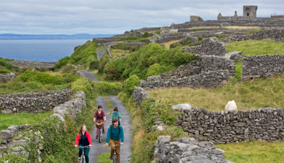 Itinerary: Take a day trip from the city of Galway to the Aran islands
