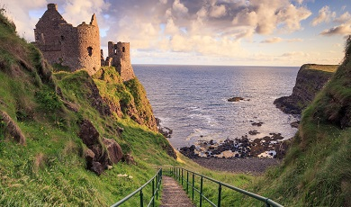 Discover romantic castles on the cliff edge