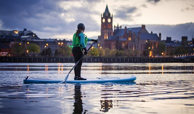 Paddle Board Tour in Derry~Londonderry: 2 uur paddleboarden vanaf £30 per persoon