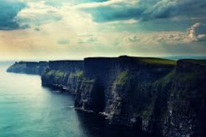 Cruise along the Cliffs of Moher