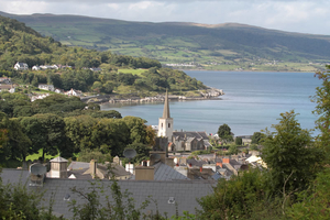 Be charmed by Glenarm on a Guided Vlilage Walk  Talk and visit Glenarm Castle Walled Garden  Lunch included  For 20 pp