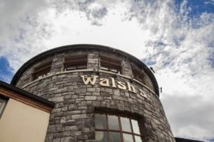 Enjoy an overnight stay at Walshs Hotel Maghera  Breakfast  full use of leisure facilities included  From 89 pps