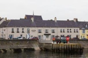 Enjoy a 2 night BB 1 Dinner stay including a Strangford Lough Walking Tour with The Portaferry Hotel