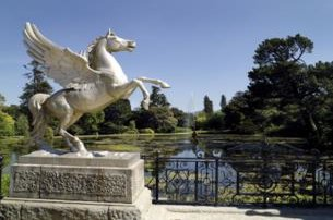 Enjoy an exclusive Powerscourt  Glendalough Day Tour with Butlers Tours from 59 pp For A Private Gro