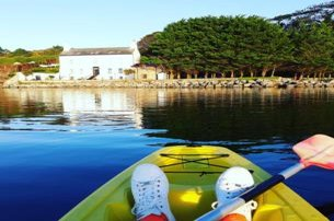 Enjoy the water with a Bed and Breakfast PLUS unlimited Kayak  SUP Barrow Bay with Barrow House Co K