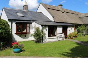 Spoil yourselves with a Romantic 3 night beach cottage escape at The Cottages Ireland for 250 pps