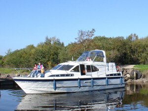 Holiday for longer for less with 50 off 2nd weeks Cruiser hire with Manor House Marine Co Fermanagh