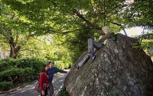 Statue d'Oscar Wilde, Merrion Square