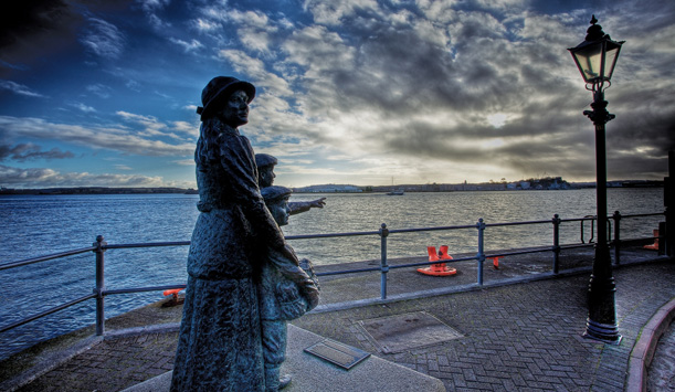 Annie Moore's statue in Cobh