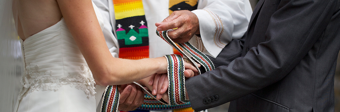 Crios from Embracing Union; image by Tamara Lakeman, wanderlustphotography.ca